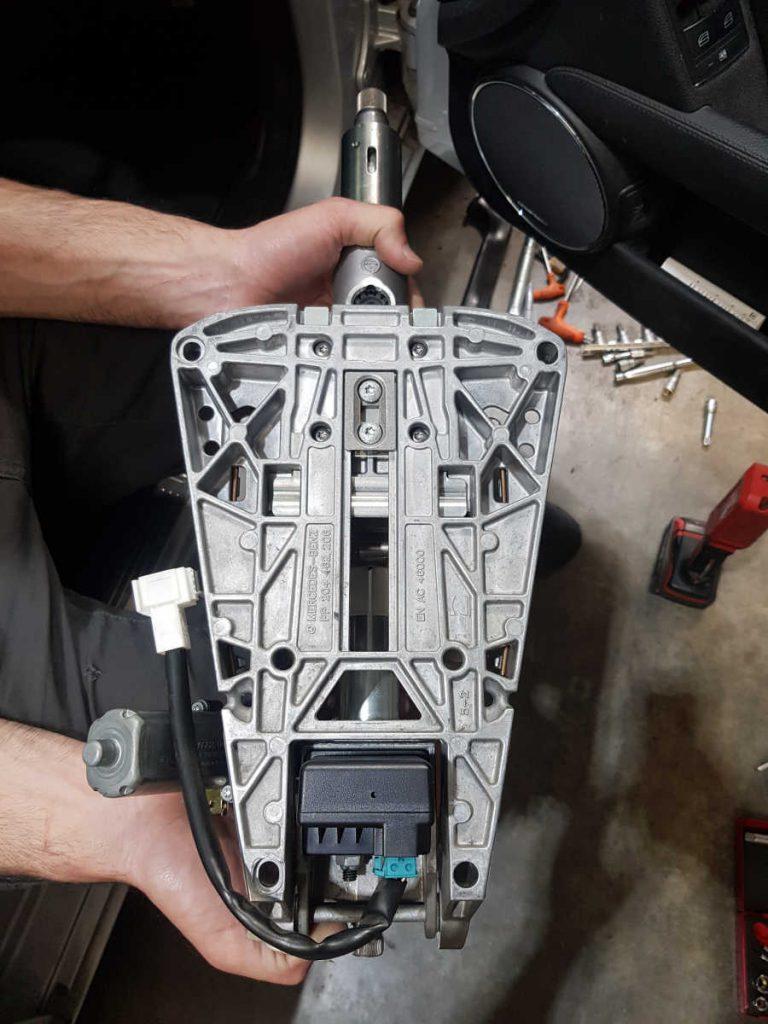 2009 Mercedes C200 (W204) Steering Lock Repair | Instant Locksmiths