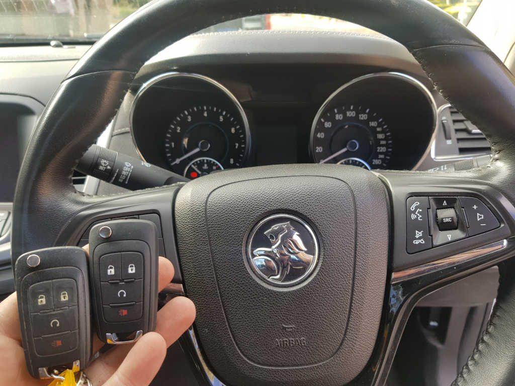 Holden VF Commodore Keys   Instant Locksmiths