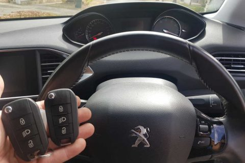 2015 Peugeot 308 Key Replacement